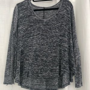 Free People | Long Sleeved Top | Black | X-Small